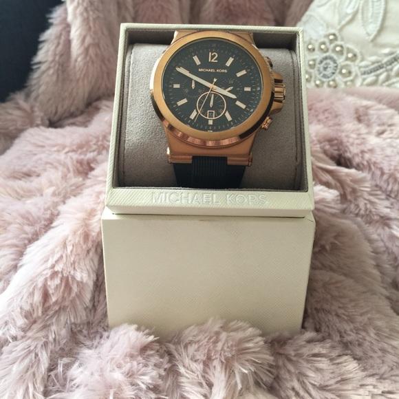 c68257b2696a Michael Kors Dylan rose gold  Black Watch MK8184